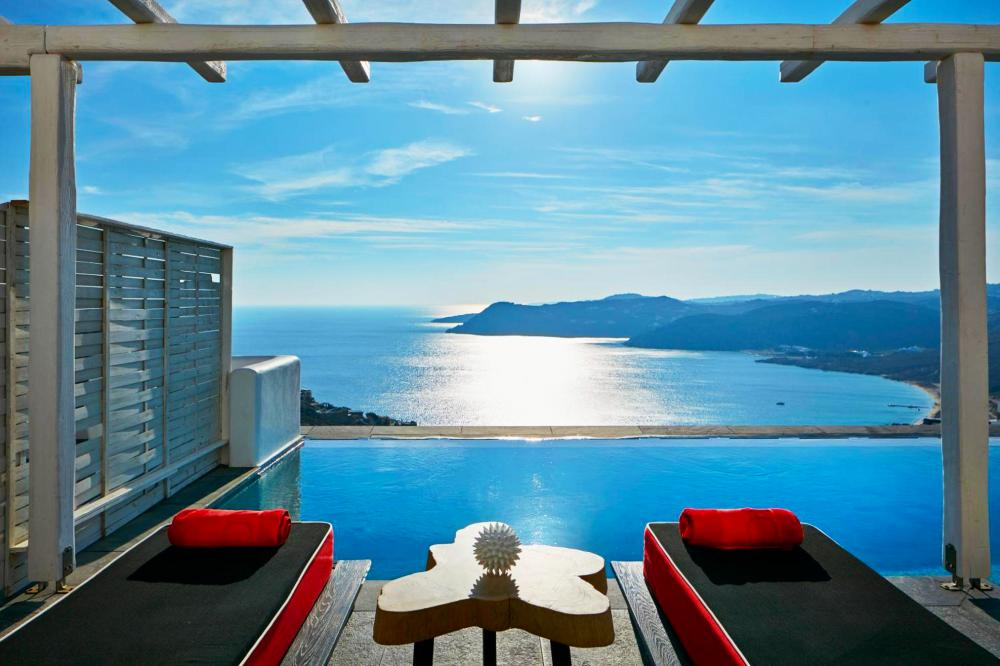 Hotel with private pool - Myconian Avaton - Design Hotels