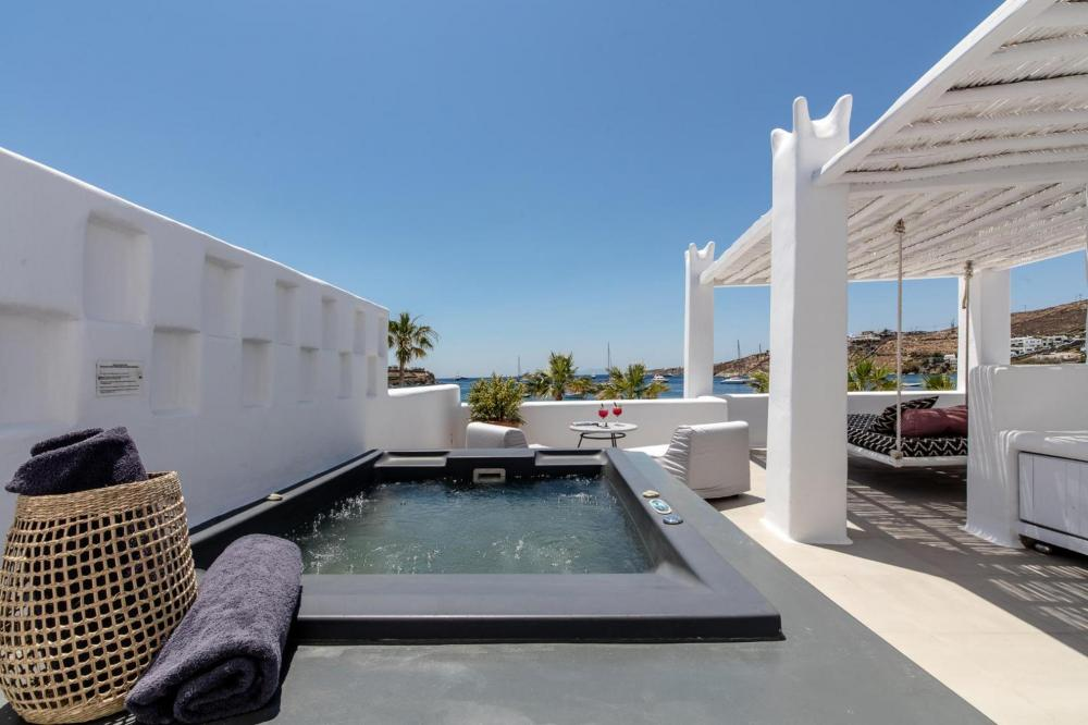 Hotel with private pool - Mykonos Blanc - Preferred Hotels & Resorts