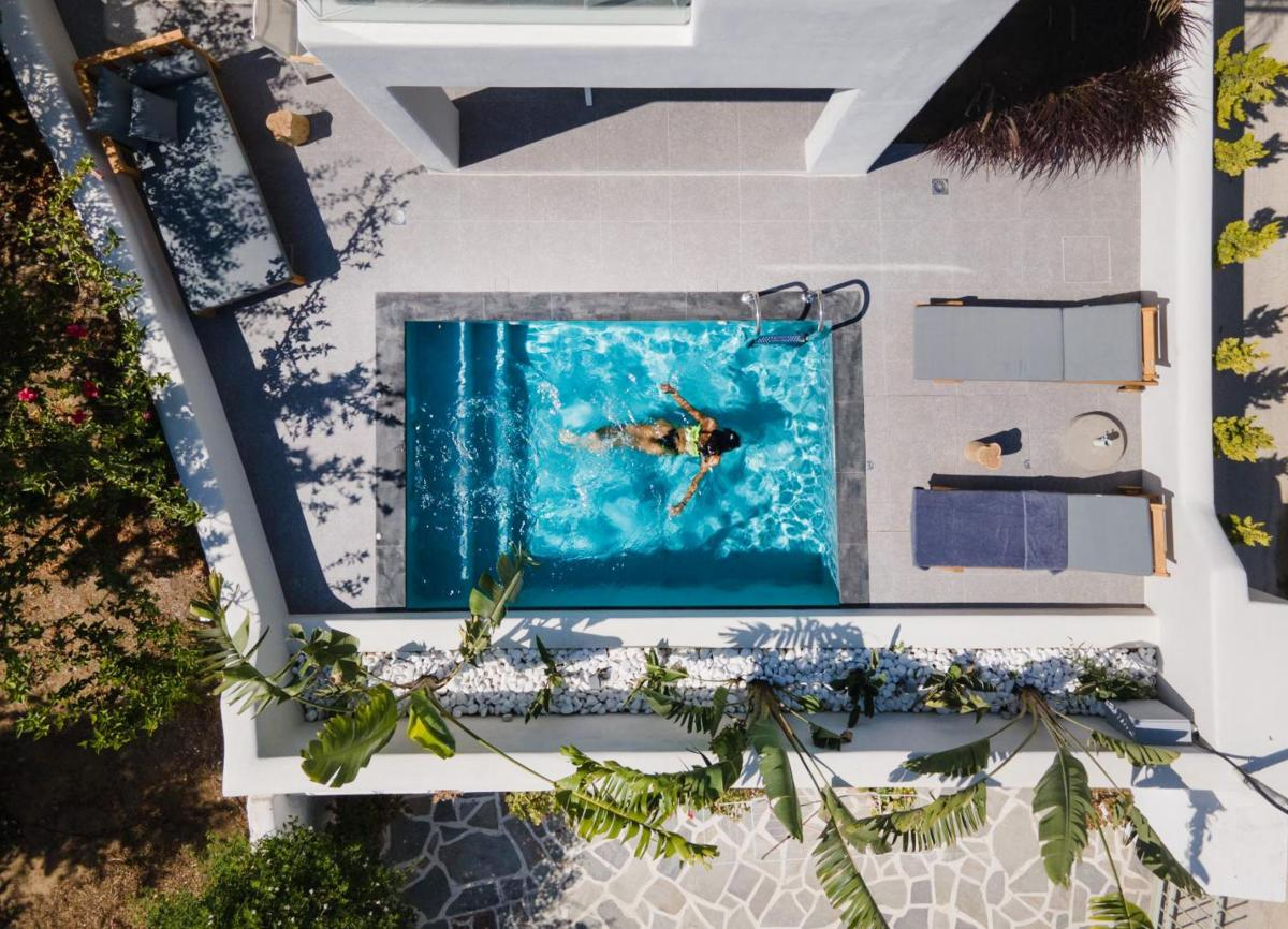 Hotel with private pool - Naxian Soul