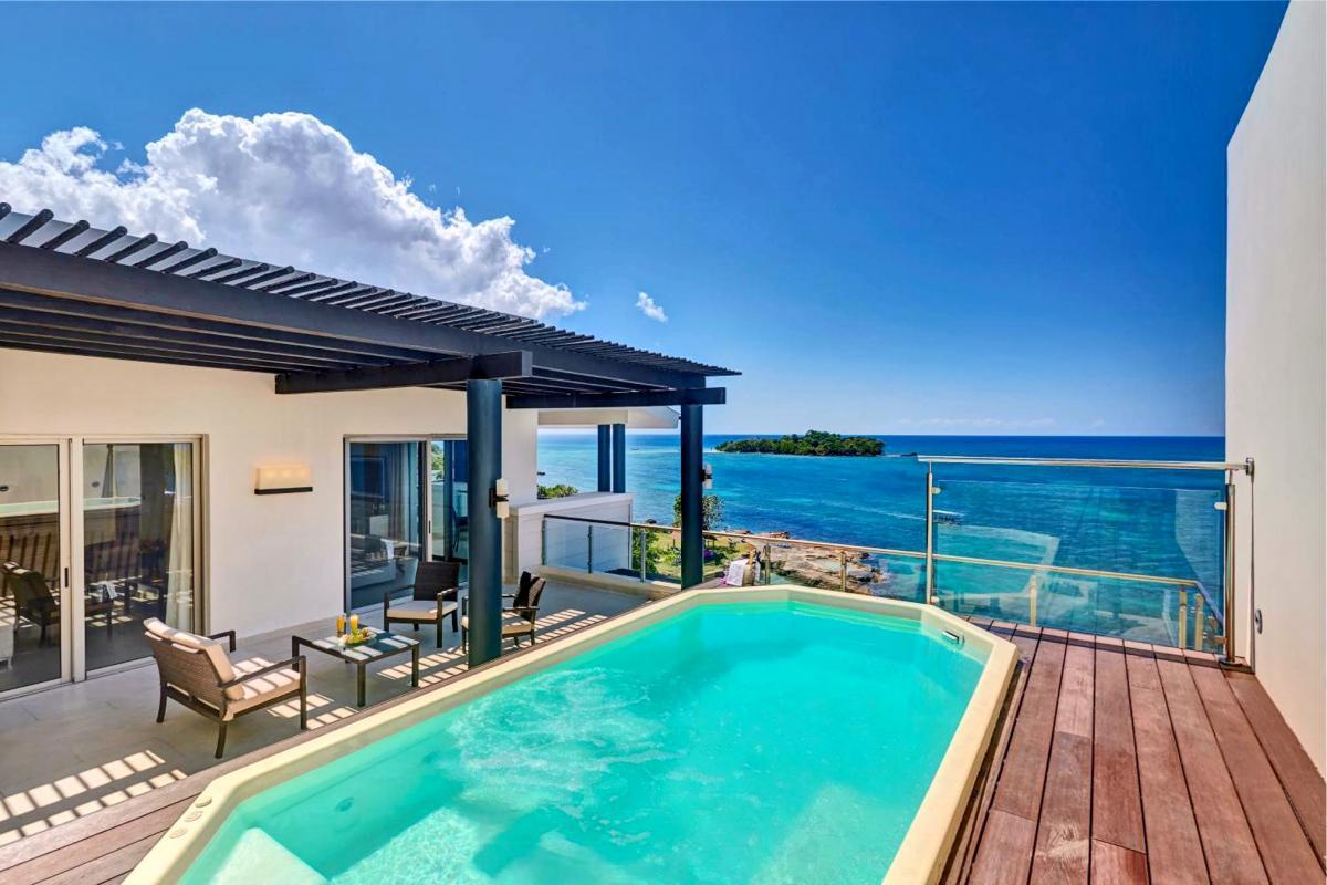 Hotel with private pool - Royalton Negril Resort & Spa - All Inclusive