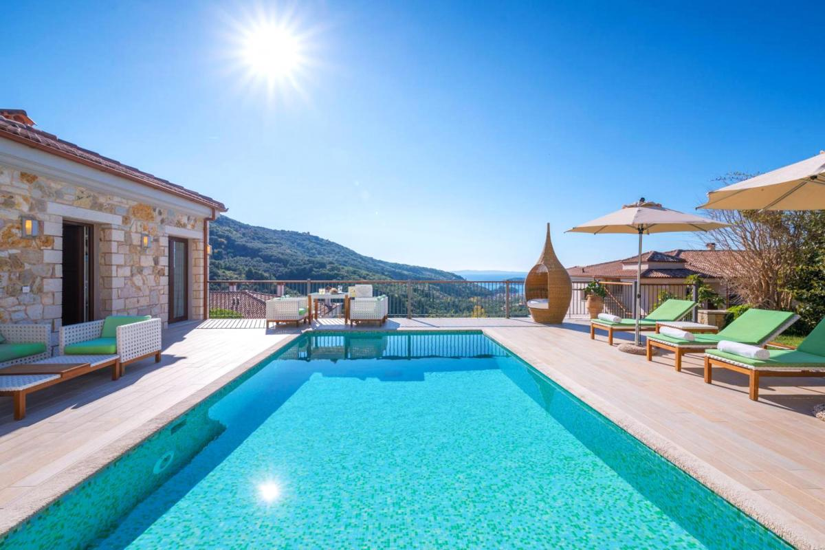 Hotel with private pool - Salvator Villas & Spa Hotel