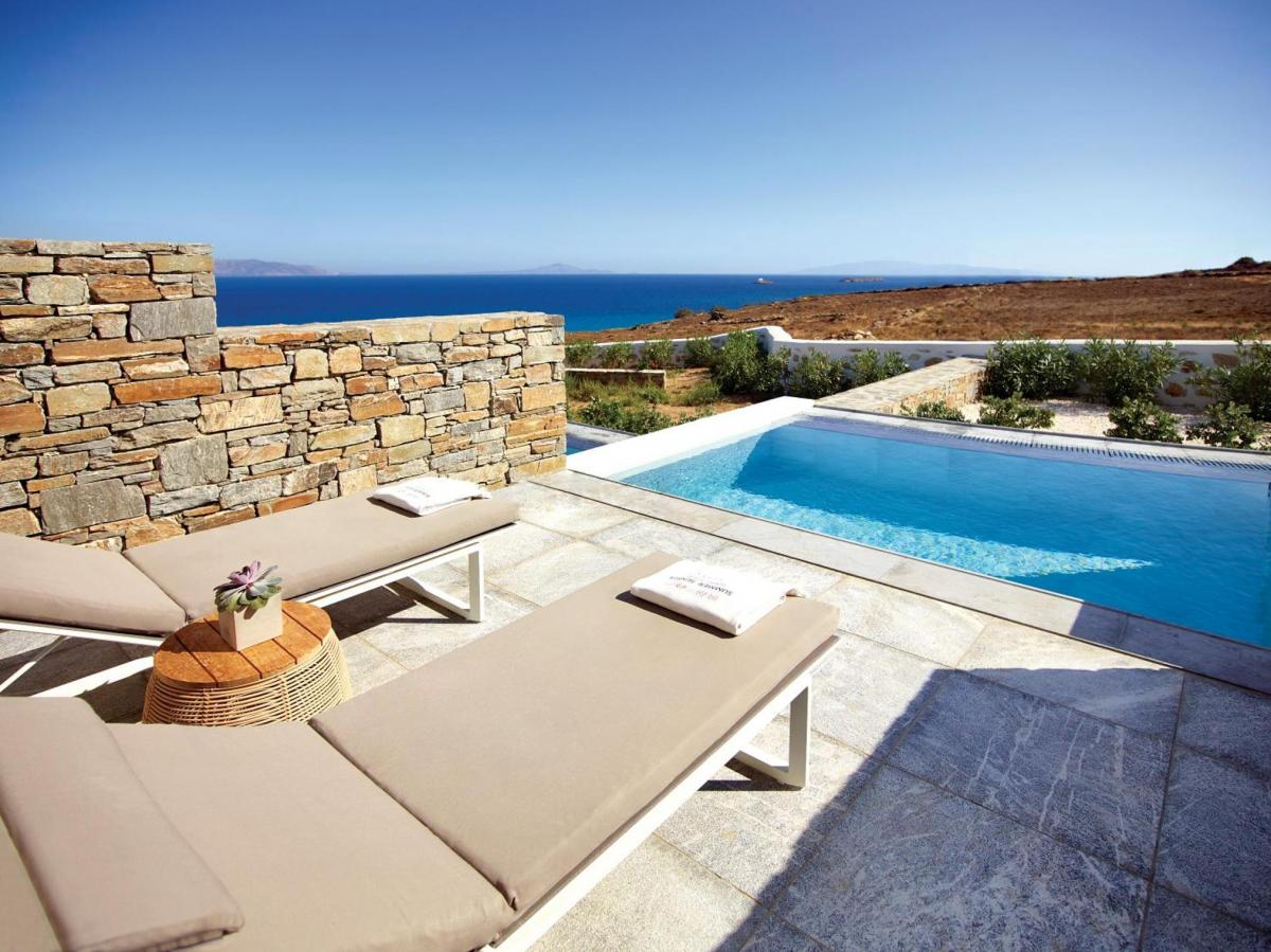 Hotel with private pool - Summer Senses Luxury Resort