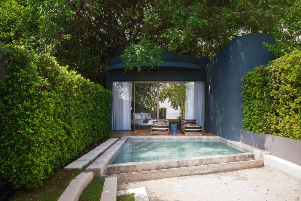 Hotel with private pool - Navana Nature Escape