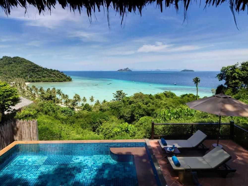 Hotel with private pool - SAii Phi Phi Island Village