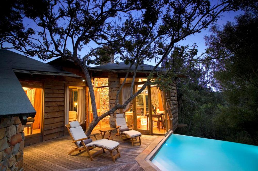 Hotel with private pool - Tsala Treetop Lodge