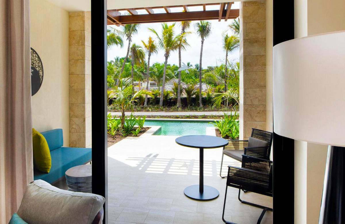 Hotel with private pool - Adults Only Club at Lopesan Costa Bávaro Resort