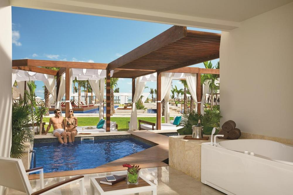 Hotel with private pool - Dreams Onyx Resort & Spa - All Inlcusive