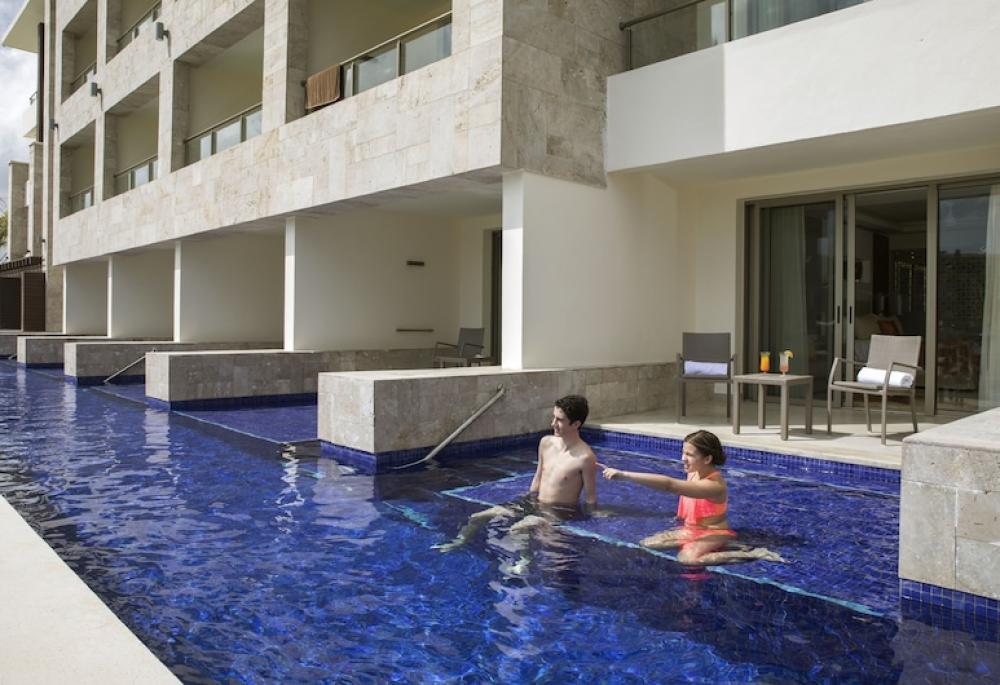 Hotel with private pool - Royalton Bavaro Resort & Spa - All Inclusive