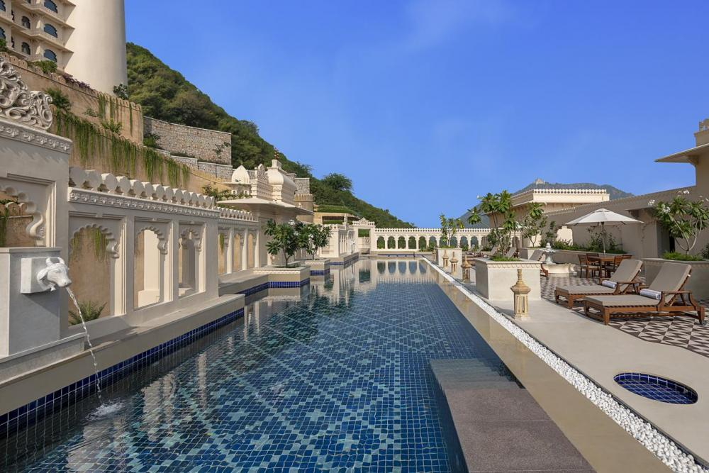 Hotel with private pool - Aurika, Udaipur - Luxury by Lemon Tree Hotels