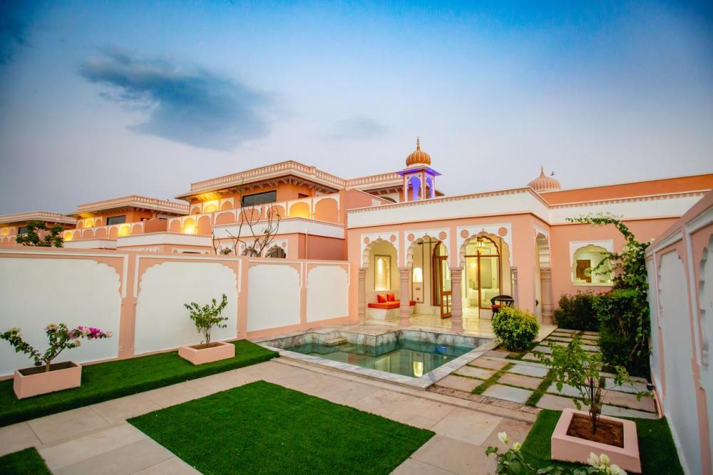 Hotel with private pool - Buena Vista Luxury Garden Spa Resort
