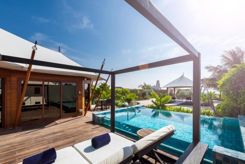 Hotel with private pool - The Ritz-Carlton Ras Al Khaimah, Al Hamra Beach