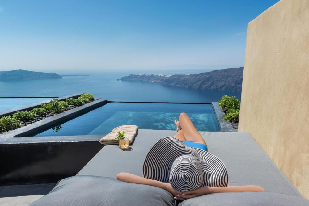 Hotel with private pool - Andronis Concept Wellness Resort
