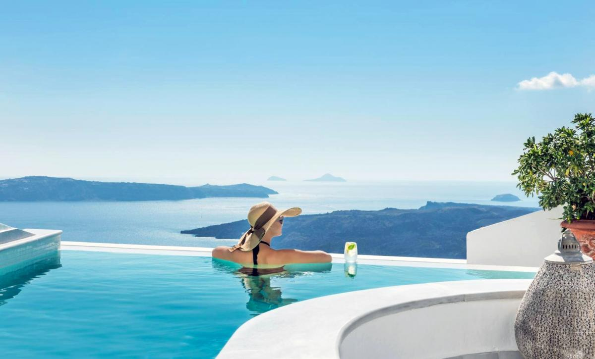 Hotel with private pool - Anteliz Suites