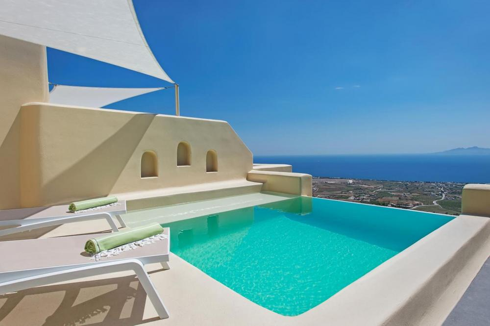 Hotel with private pool - Skyfall Suites - Adults Only