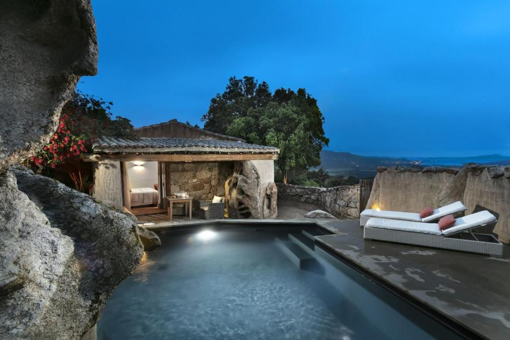 Hotel with private pool - Petra Segreta Resort & Spa