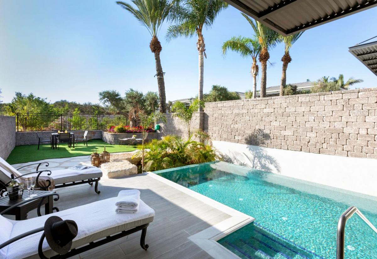 Hotel with private pool - Dream Island Spa & Health Resort