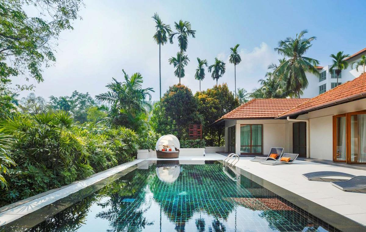 Hotel with private pool - Sofitel Singapore Sentosa Resort & Spa