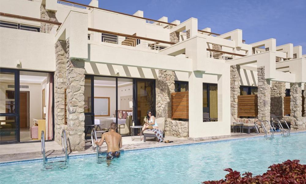 Hotel with private pool - Coral Sea Sensatori Resort