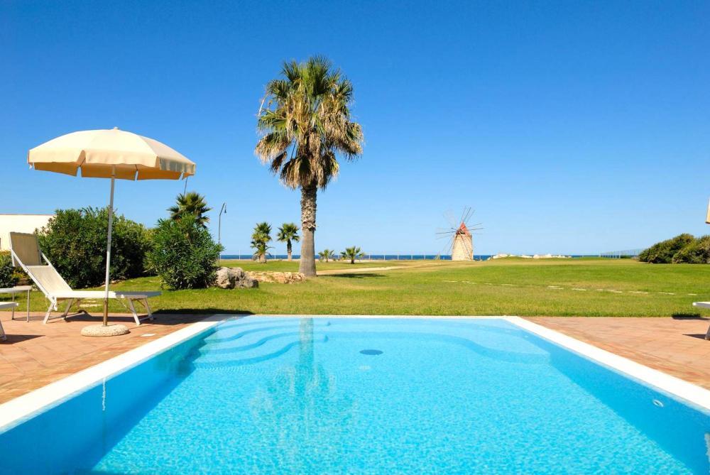 Hotel with private pool - HaitangBay Loosen Coast Resort Villas