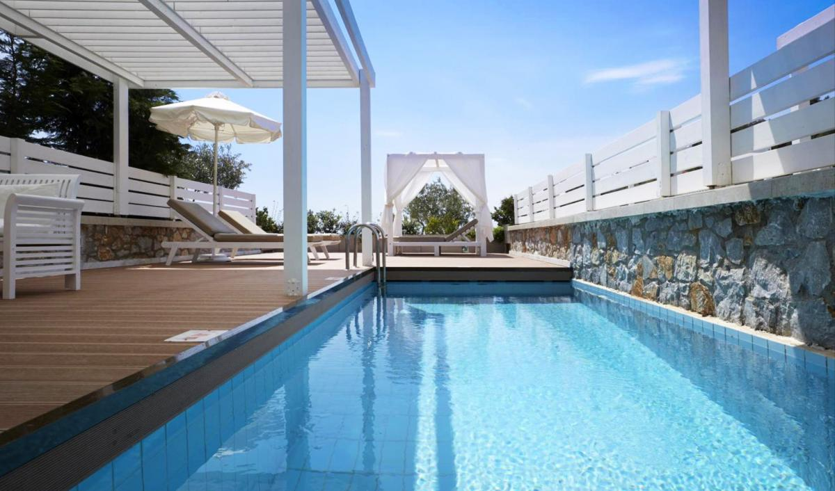 Hotel with private pool - Kassandra Bay Resort, Suites & Spa
