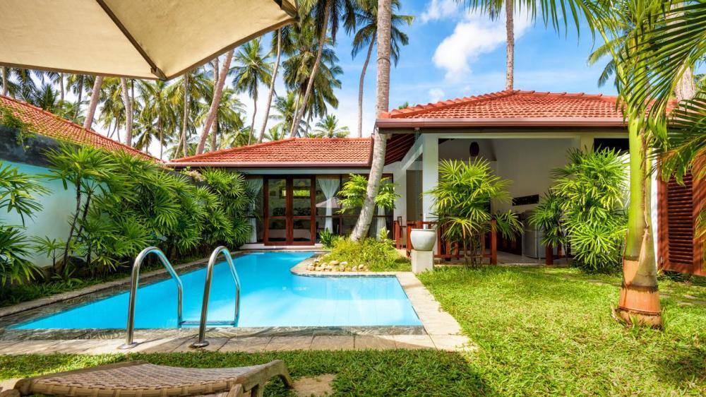 Hotel with private pool - Good Karma Ayurvedic Resort