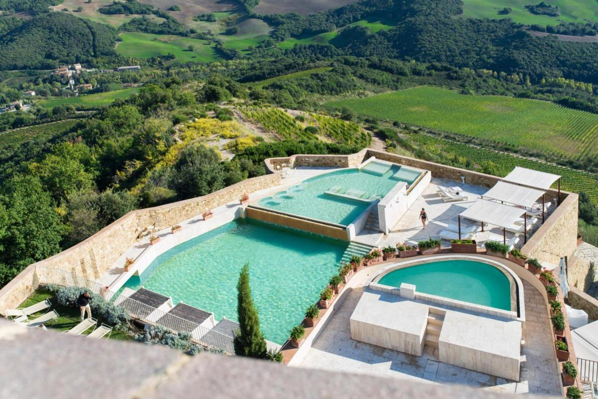 Hotel with private pool - Castello di Velona - The Leading Hotels of the World