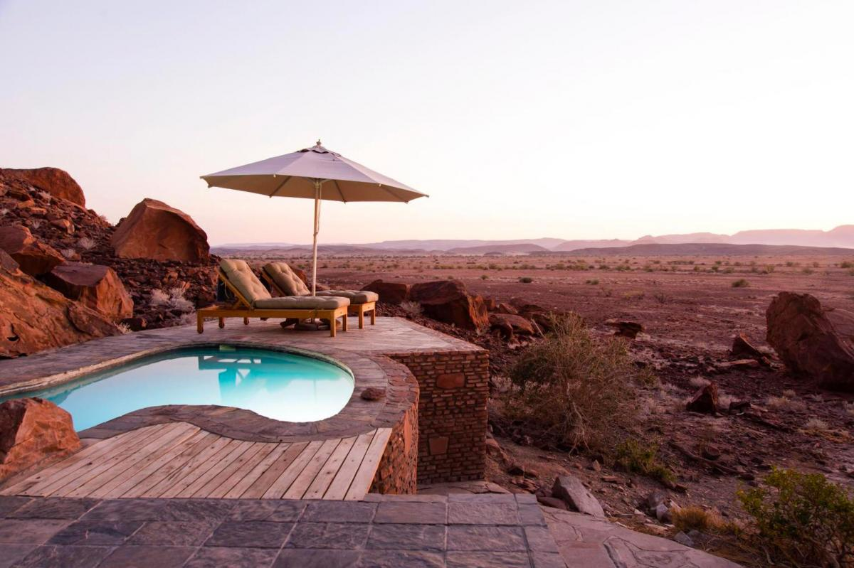 Hotel with private pool - Twyfelfontein Country Lodge