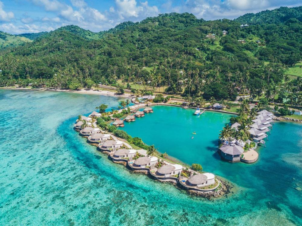 Hotel with private pool - Koro Sun Resort & Rainforest Spa