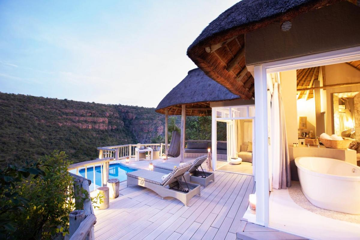 Hotel with private pool - Clifftop Exclusive Safari Hideaway