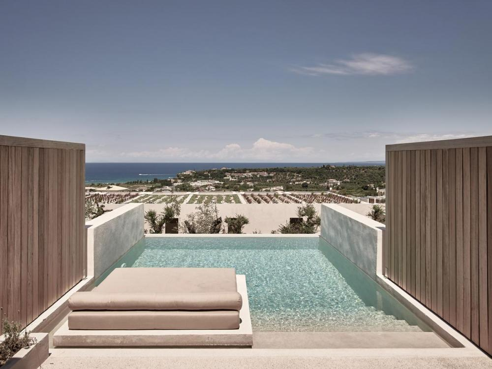 Hotel with private pool - Olea All Suite Hotel