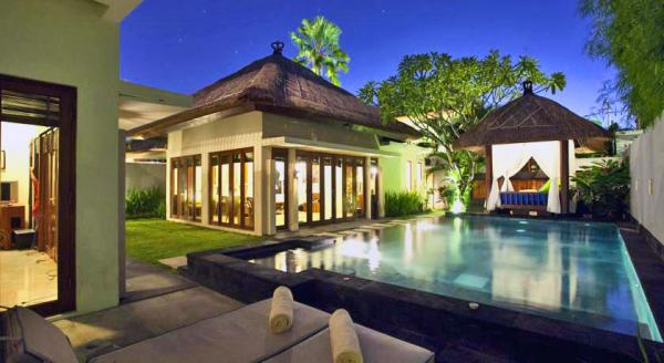 Hotel with private pool - Bali Baliku Beach Front Luxury Private Pool Villas