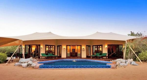 Hotel with private pool - Al Maha A Luxury Collection Desert Resort And Spa