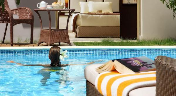 Hotel with private pool - Sunrise Grand Select Crystal Bay Resort