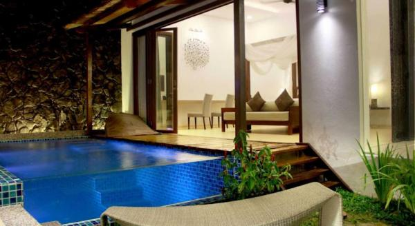Hotel with private pool - La Villa Langkawi
