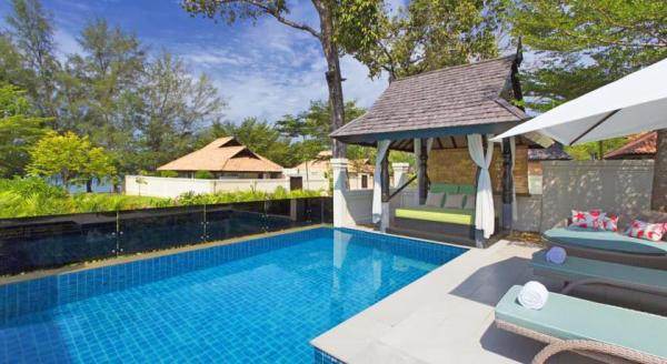 Luxury hotel with private pool suites the andaman a for Small private hotels