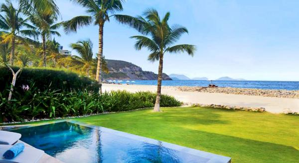 Hotel with private pool - Mia Resort Nha Trang