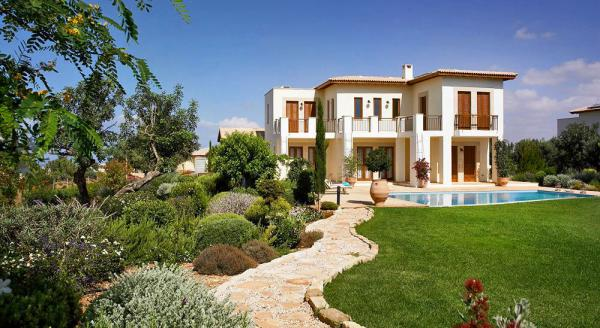 Hotel with private pool - Aphrodite Hills Holiday Residences