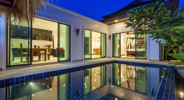 Hotel with private pool - BYG Private Pool Villa @ Layan Beach