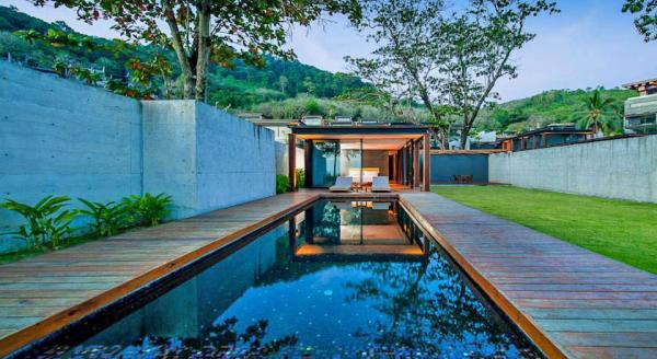 Hotel with private pool - The Naka Phuket