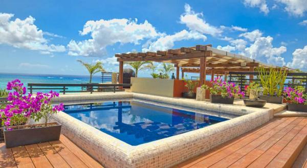 Hotel with private pool - La Divina by Aldea Thai