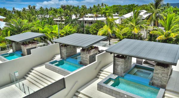 Hotel with private pool - Coconut Grove