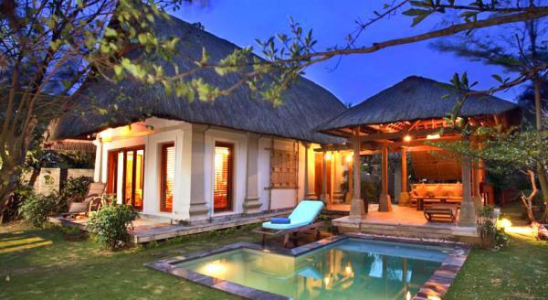 Hotel with private pool - Sun Spa Resort & Villa
