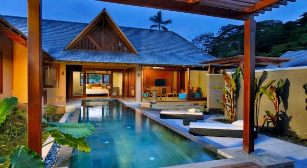 Hotel with private pool - Constance Ephélia