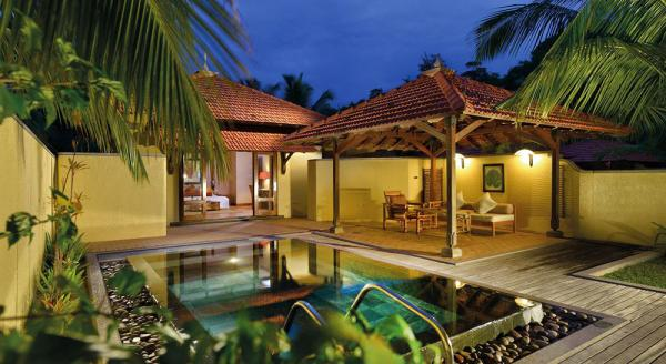 Hotel with private pool - Sainte Anne Island - Beachcomber