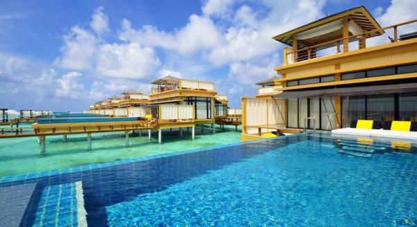 Hotel with private pool - Angsana Velavaru