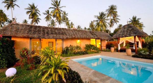 Hotel with private pool - Zanzi Resort