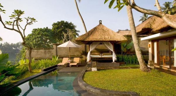 Hotel with private pool - Kamandalu Ubud