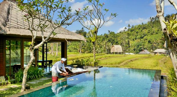 Hotel with private pool - Mandapa, A Ritz-Carlton Reserve