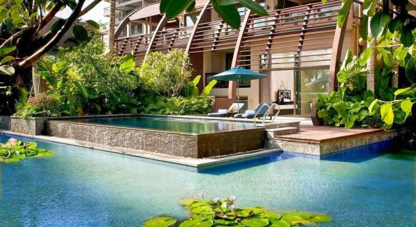 Hotel with private pool - Pullman Oceanview Sanya Bay Resort & Spa
