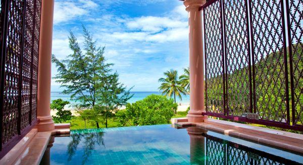 Hotel with private pool - Centara Grand Beach Resort